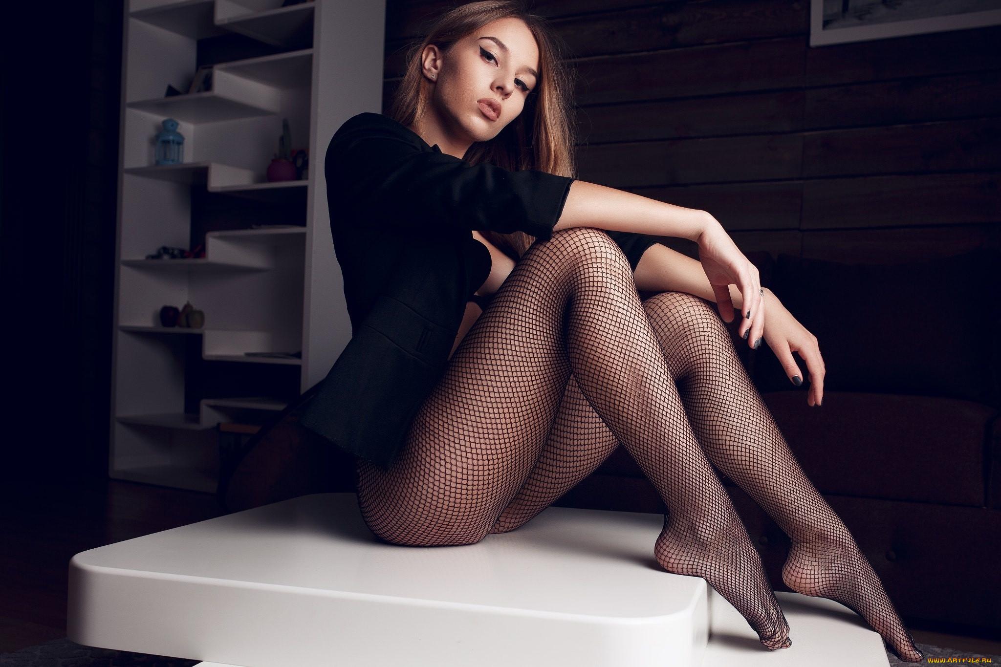 Девушки красивые ноги колготки